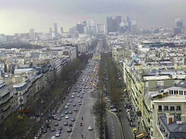 A views from champs Elyées4