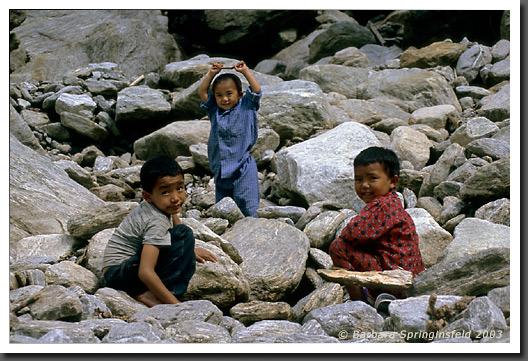 Children, Love Them! (^_^)