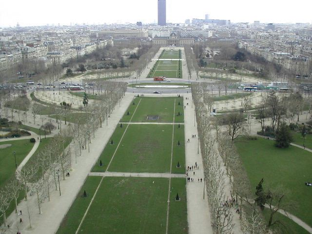 A view from Eiffel-Tower2