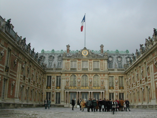 Chateau de versaille(The residence of Past kings in France)