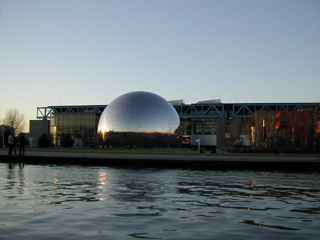 Porte de la villette(University of science, Paris)